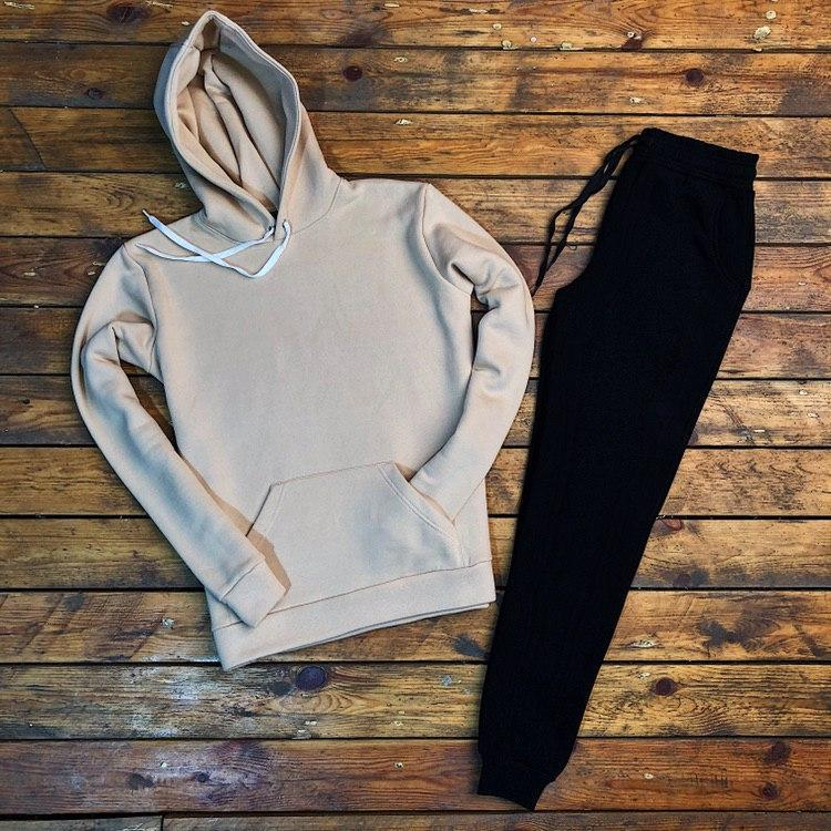 Мужской спортивный костюм утепленный с капюшоном бежево-черный basic
