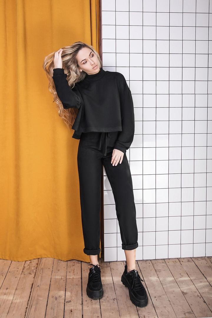 Женский черный замшевый костюм размеры 42-50