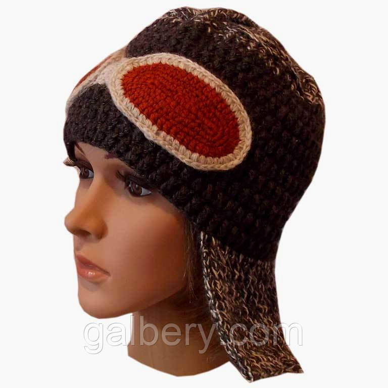 Женская вязаная шапка - ушанка цвета антрацит с мрамором