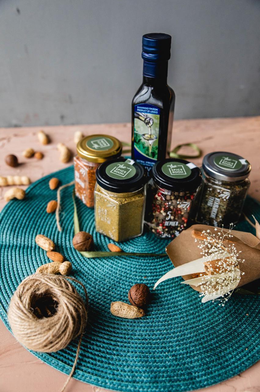 The Spicebox / Специи и масло