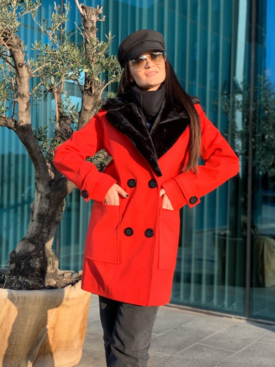 Женское демисезонное пальто с меховым воротником 42-46 р