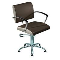 Парикмахерское кресло Stella с металлическими подлокотниками