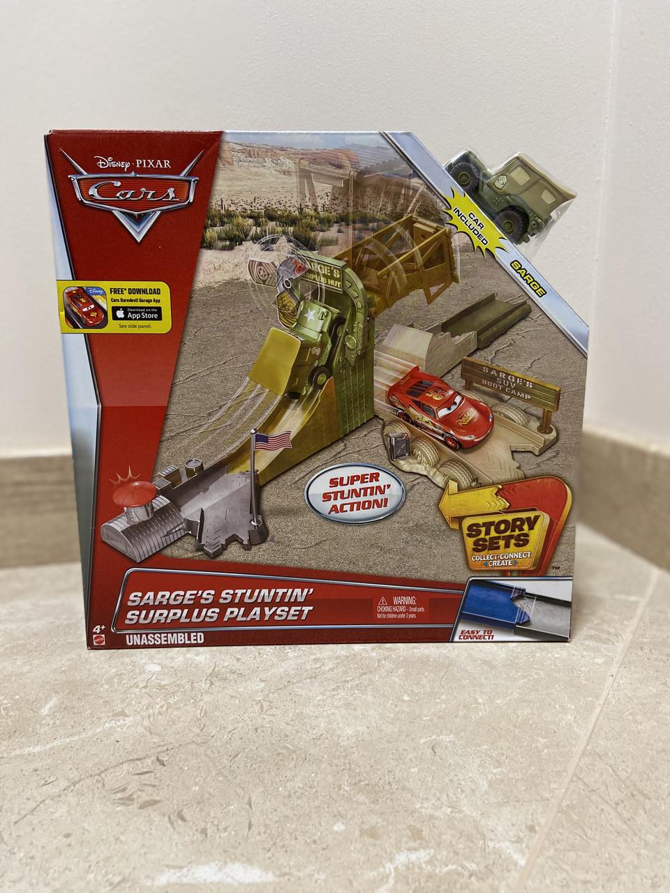 Трек Тачки Сержант на військовій базі (Disney/Pixar Cars Sarge's Stuntin' Surplus Playset)