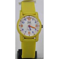 Женские часы Q&Q VR41J005Y