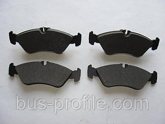 Задние колодки (с молоточками) на MB Sprinter 308-316, VW LT 35 1996-2006 — Autotechteile — ATT4260