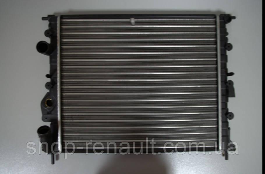 Радиатор  охлаждения (без кондиционера) Logan/MCV/Sandero 1.4/1.6 с 2008 г. QSP-M