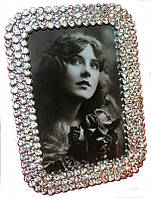 Фоторамка мельхиоровая металлическая с кристаллами 17х12 см в Украине