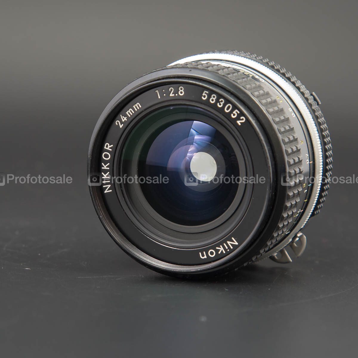 Nikkor MF 24mm f/2.8