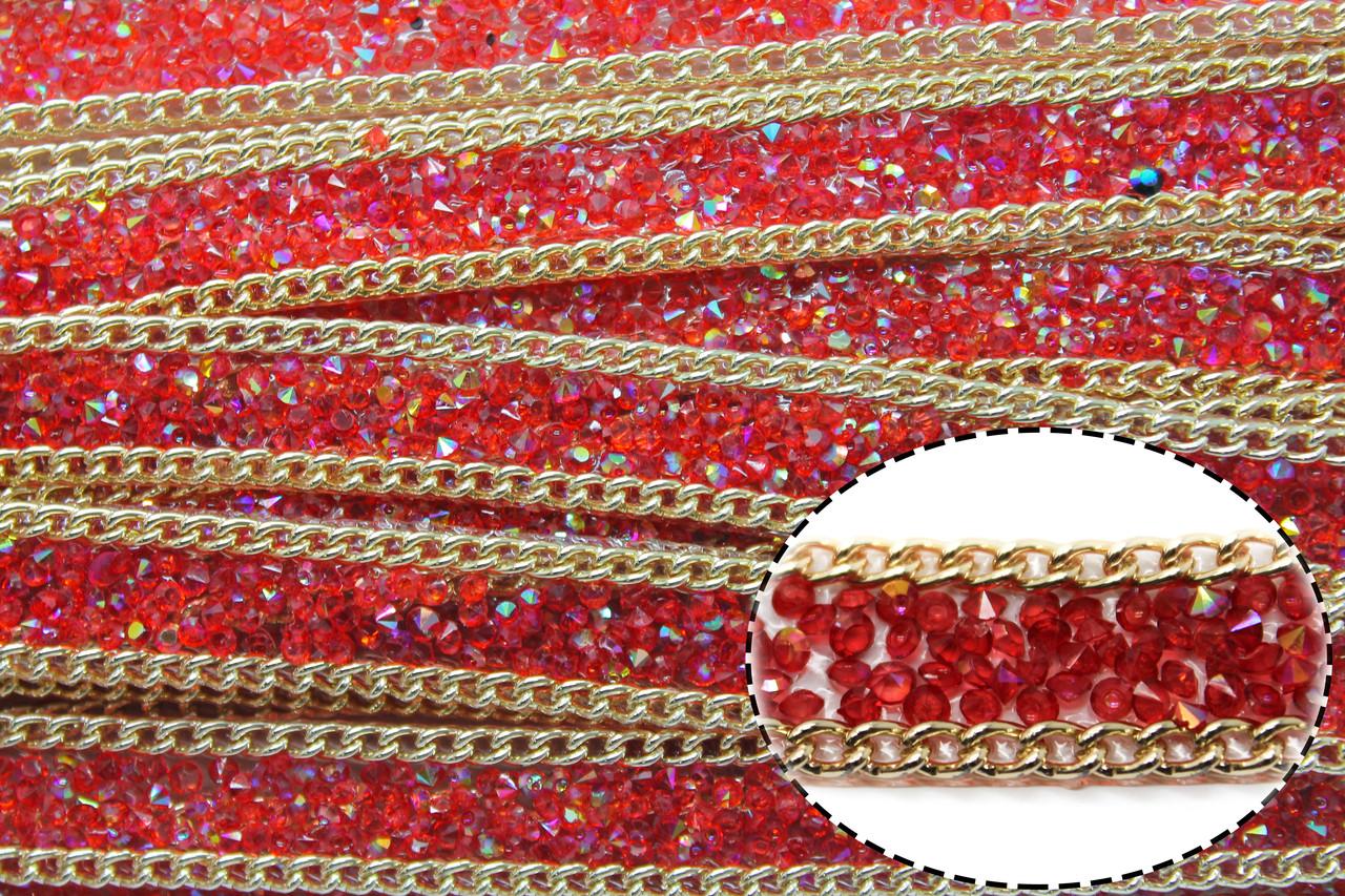 Стразовая термо лента из конусных страз, ширина 1,5см. Цвет Красный АВ. Цена за 1 метр.