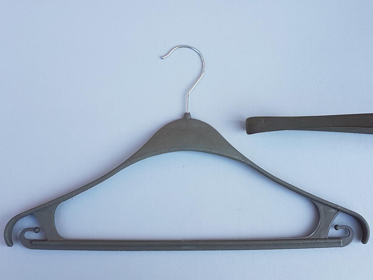 Длина 40 см. Плечики вешалки пластмассовые Турок цвета хаки