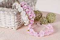 Ободок розовый из фиалок