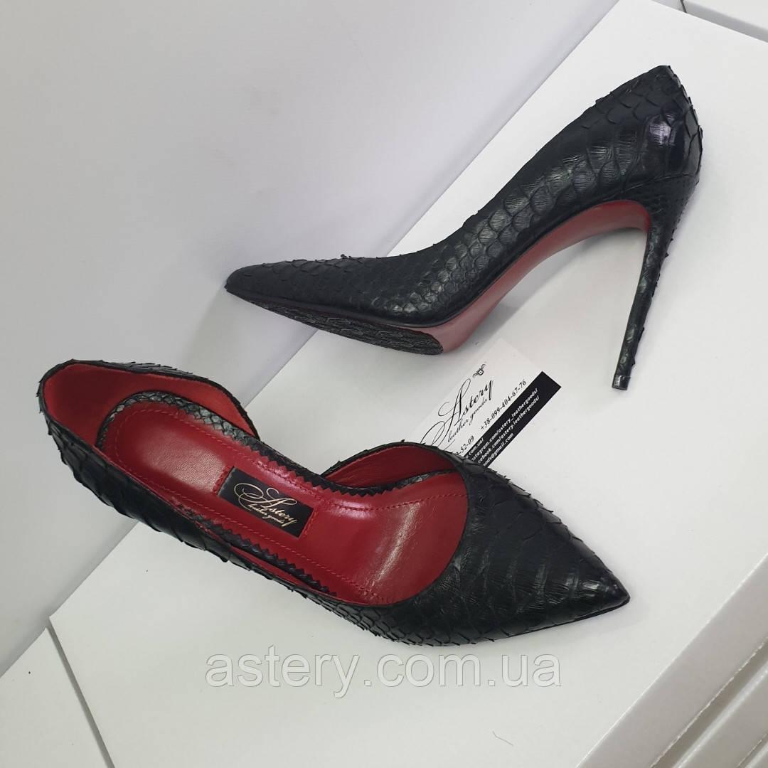 Жіночі туфлі з чорного пітона з червоною підошвою