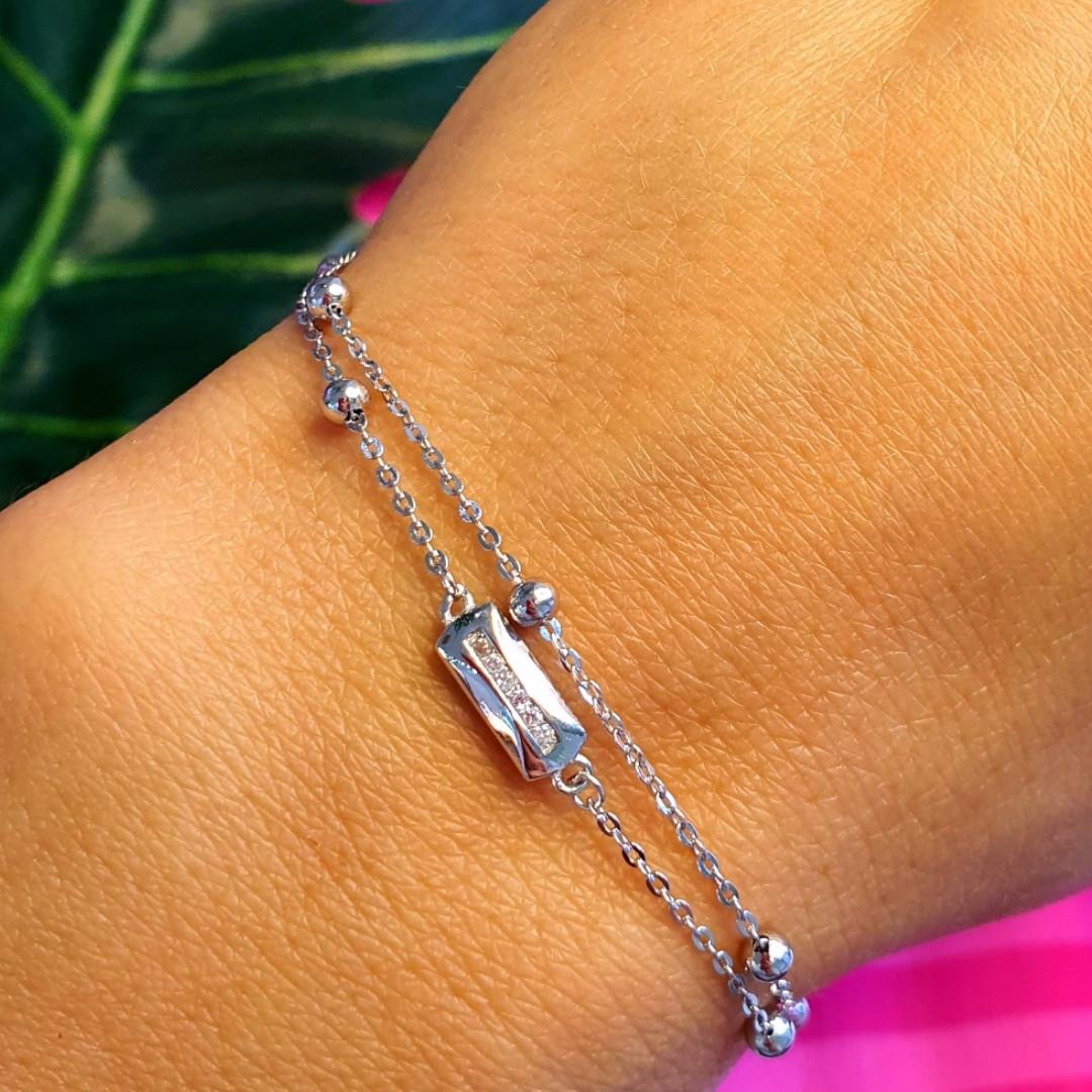 Серебряный женский браслет в стиле минимализм