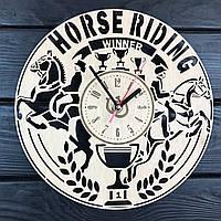 Тематические деревянные часы на стену «Верховая езда», фото 1