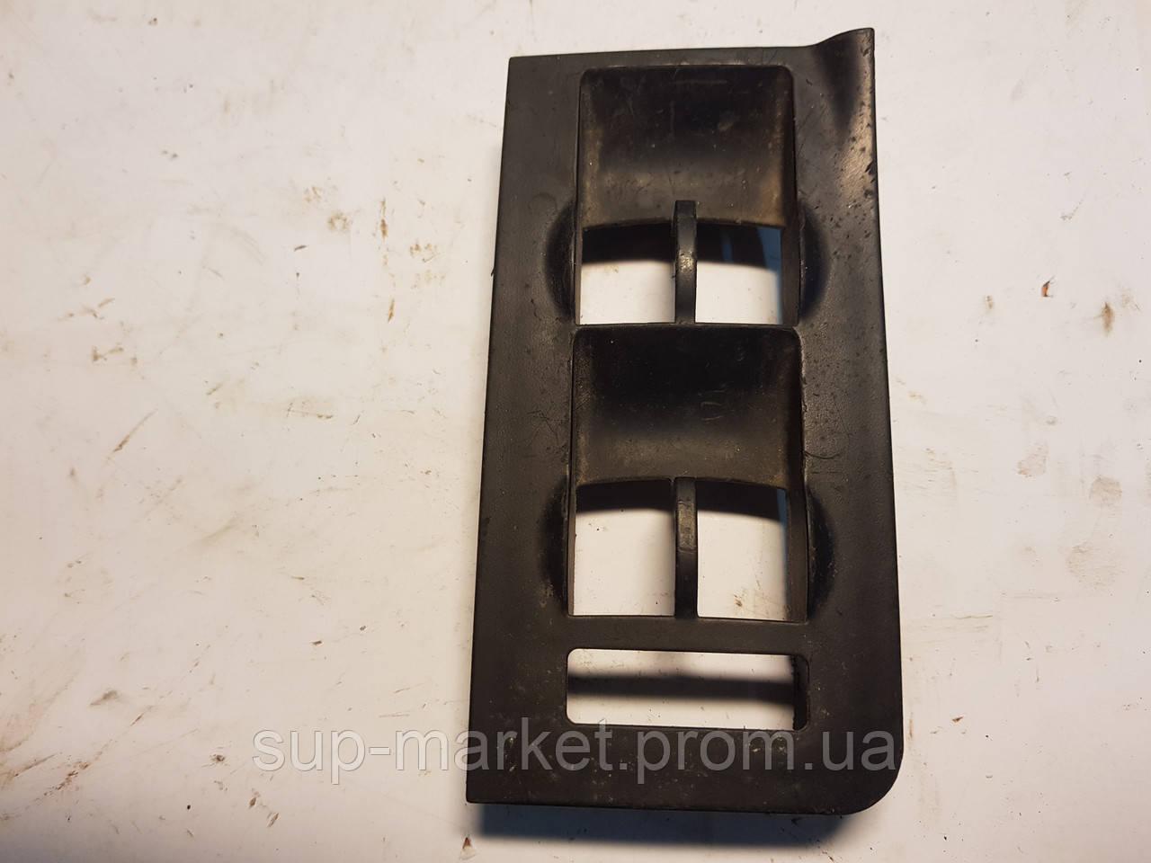4B2959521 Рамка блока управления стеклоподъемниками для  A6 C5 2.5TDI 1997-2004