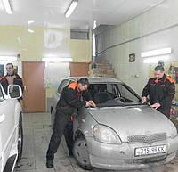 Лобовое стекло  Toyota  Yaris