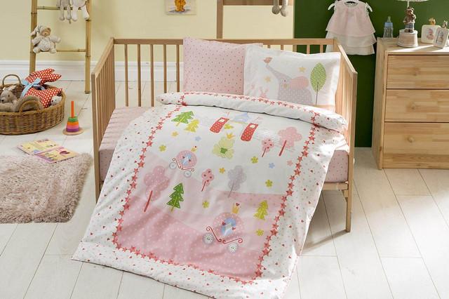 Дитяче постільна білизна в ліжечко
