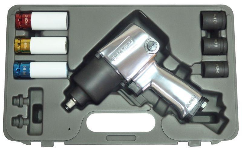 """Пневмогайковерт 813Нм 1/2"""" (потребление 120л/мин) с комплектом головок 7пр.(17,19,21мм+17,19,21мм для литых ди"""