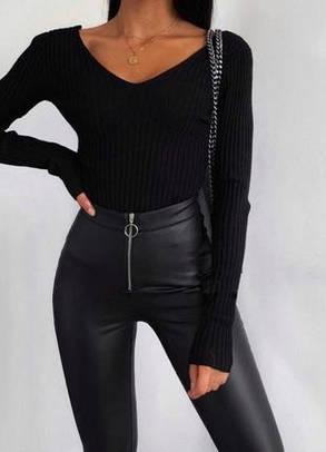 Жіночі модні екокожа чорні з високою посадкою і блискавкою, фото 2