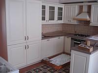 Кухня , фасады из натурального дерева