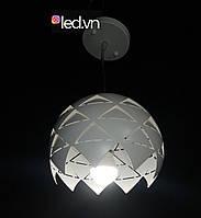 Подвесной светильник на одну лампу белый