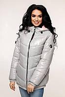 Весенняя женская блестящая серая лаковая куртка 44-54 размер