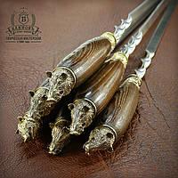 """Подарочный набор шампуров с деревянными ручками """"Кабанчики"""" в колчане"""