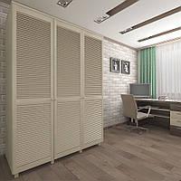 Шкаф с жалюзийными дверями из натурального дерева Тавол Сиеко 3Д 1500х600х2080 Молочный