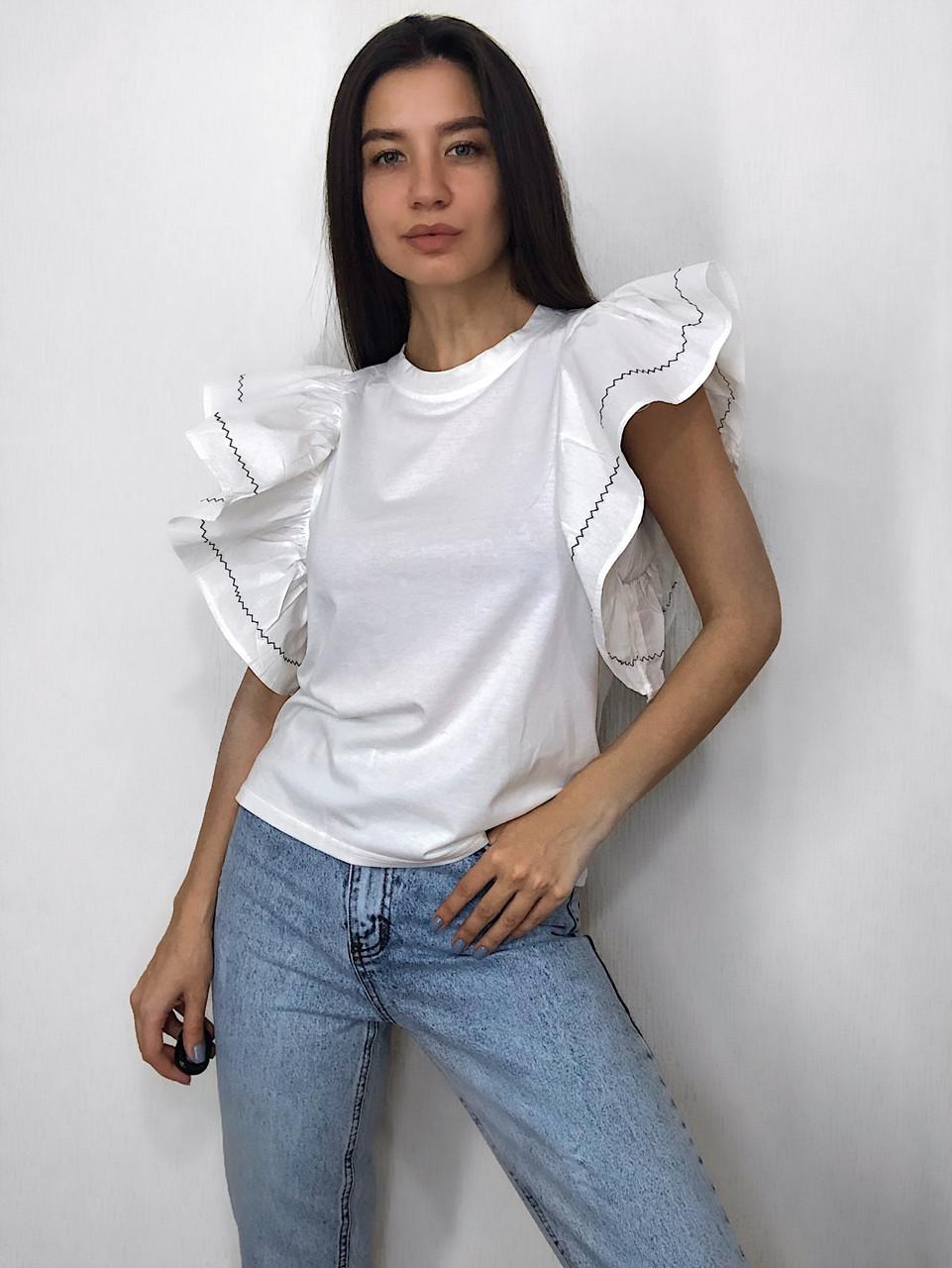 Трикотажная женская футболка с большими двойными воланами 79ut256