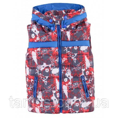 Теплая стильная жилетка для мальчика, съемный капюшон,  рост 98,104,110,116,122,128,134,140 Kombi красная