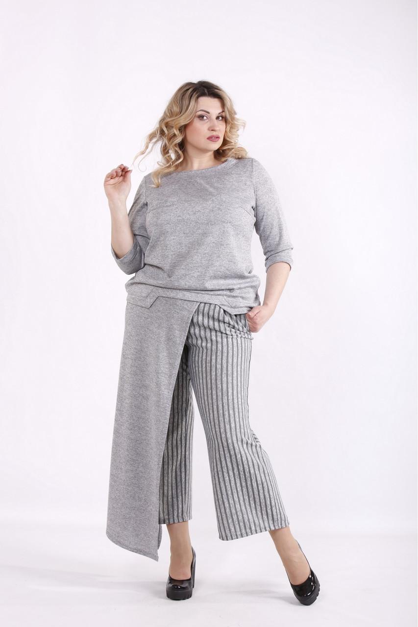 01422-3   Сірий костюм з ангори жіночий великого розміру