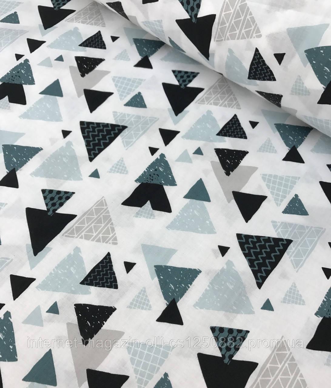 Хлопковая ткань польская шлифованная треугольники черно-бирюзовые на белом №508