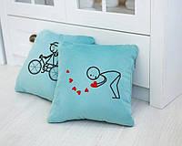 Набор сувенирных подушек вышивкой «Велосипед» (28*28) в расцветках, фото 1