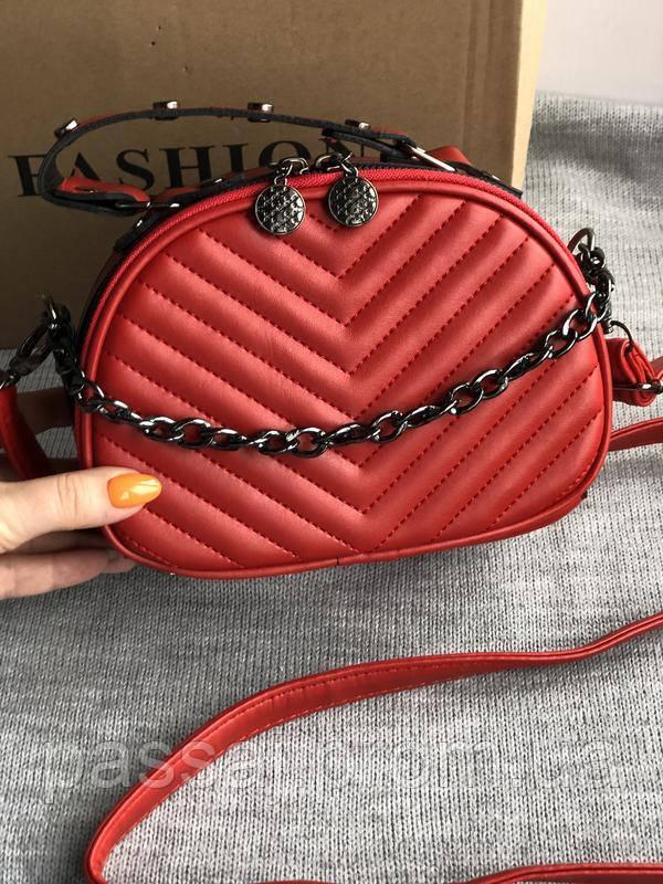Новая красная сумка кроссбоди с красной подкладкой
