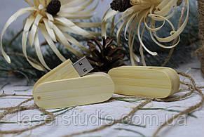 Дерев'яна розкладна флешка «Швейцарський ніж» з індивідуальним гравіюванням Бамбук на 64Gb (2.0)