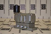 Пневмораспределитель 5Р2 233-02-0-1 (без плиты)