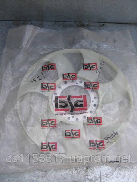Крыльчатка вентилятора BSG 30-515-007 новая на Ford Transit 2.4 DI, TDE, TDCI год 2000-2006