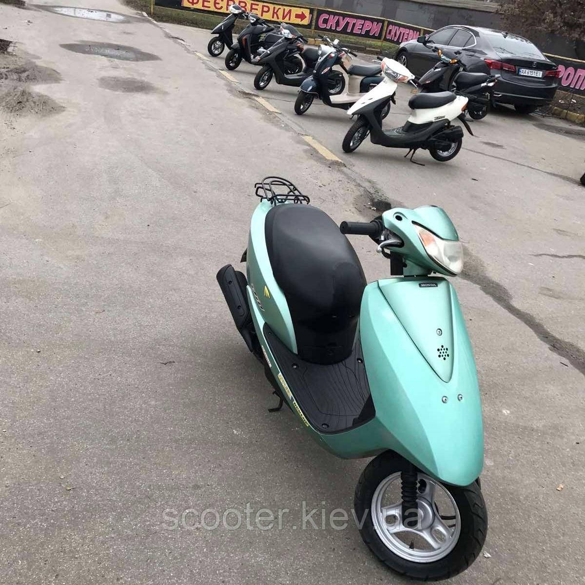 Мопед Honda Dio AF68
