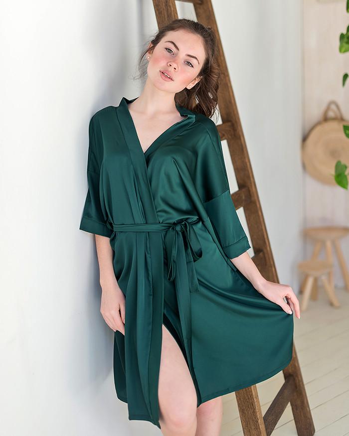 Халат из шелка в зеленом цвете!