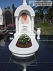 Памятник младенцу из мрамора в виде часовни, фото 3