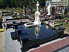 Памятник младенцу из мрамора в виде часовни, фото 6