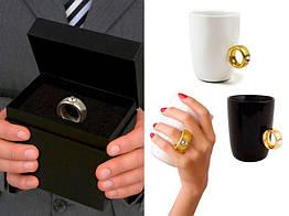 Чашка с золотым кольцом Invotis (2 цвета)