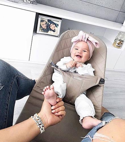 Кресло-шезлонг Babybjorn - это возможность для мамы подарить себе драгоценную минутку.