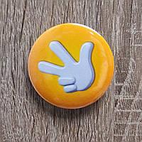 Значок сувенирный Фиксики жёлтый, фото 1