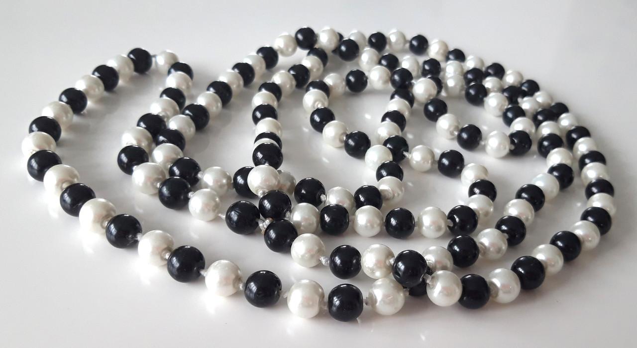 Бусы на шею черно-белые длинные 75см х 0,8см стекло-керамика