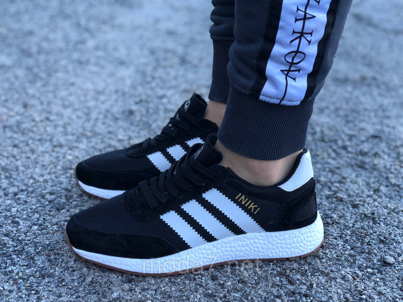 Кроссовки женские черные Adidas Iniki сетка реплика