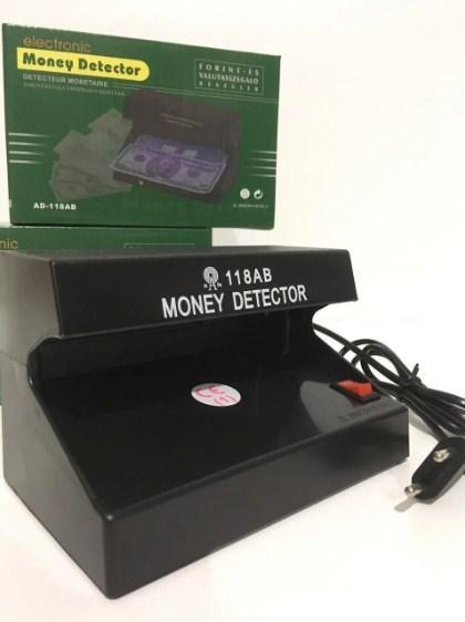 Детектор валют ультрафиолетовый от сети для проверки купюр 8 W 118AC UKC Черный