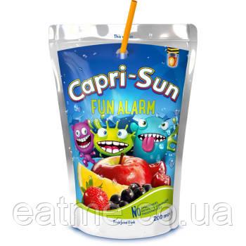 Capri-Sun Fun alarm Сок со вкусом яблока, апельсина, клубники, черники и вишни