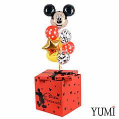 Коробка красная с Микки Маусом и связкой шаров