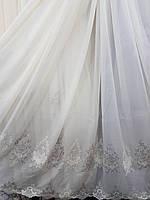 Белая гардина с вышивкой по низу (основа батист)